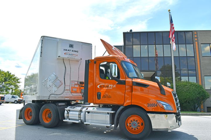 Today's aftertreatment equipment makes it difficult to keep the wheelbase short on A. Duie Pyle's daycab tractors to close the gap between the tractor and trailer. Side extenders on the rear corners of the cab reduce the size of the gap. - Photo: A. Duie Pyle