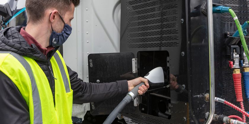Fast-charging a battery-electric truck with the new Detroit eFill charger. Daimler Trucks North...