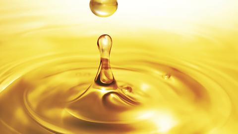 HDT Editor in Chief Deborah Lockridge looks back on how interest in alternative fuels has waxed...