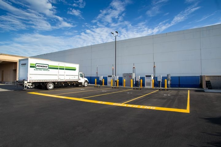 APenskecharging station for battery-electric trucks. Penske says it's key to tap your local utility for their power — and their support. - Photo:Penske