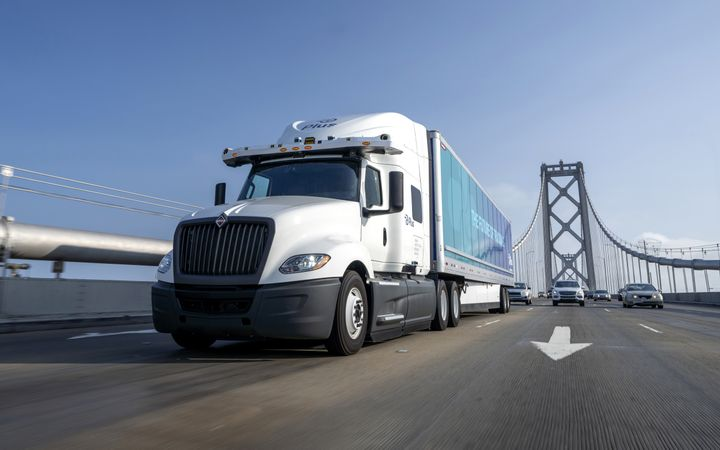 As autonomous technology and electric truck adoption advance, brakes need to change. - Photo: Plus
