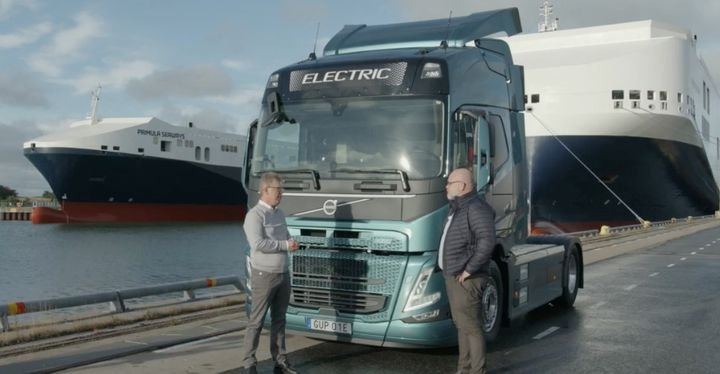 Volvo Trucks President Roger Alm delivered the first of a 100-truck order for electric trucks to DFDS. - Photo: Screen capture, Volvo Leap webcast