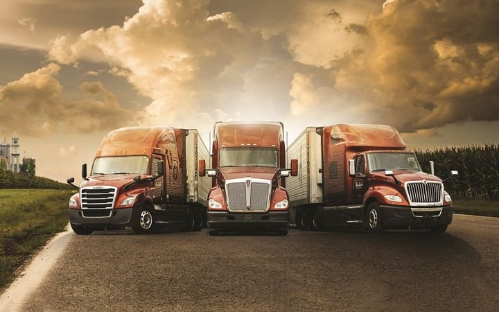 Hirschbach Motor Lines specs a very lightweight and fuel-efficient tractor and trailer.  -
