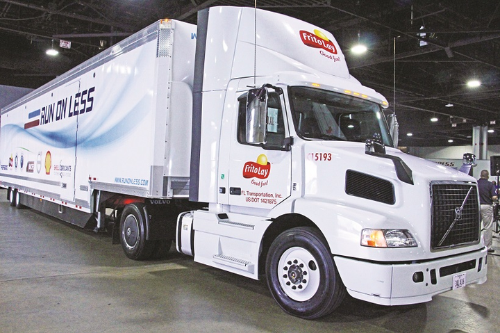 New Bern Transportation, the private-fleet subsidiary of PepsiCo, uses alternative fuels, lightweighting, driver scorecards and more.