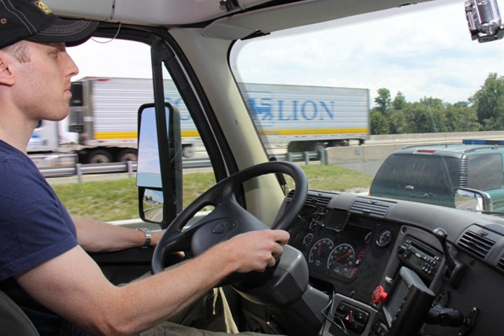 There are many reasons why trucking should be an exciting career choice for Millenials - good pay, new technologies, a strong community, sense of purpose. So why is the industry having such a hard time selling it to them?