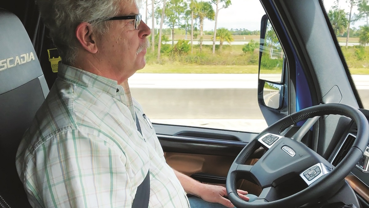 Equipment Editor Jim Park goes hands-free with Daimler's Lane Keep Assist – but LKA is not meant as a self-driving technology, and drivers are supposed to keep their hands on the wheel.  - Photos:Jim Park