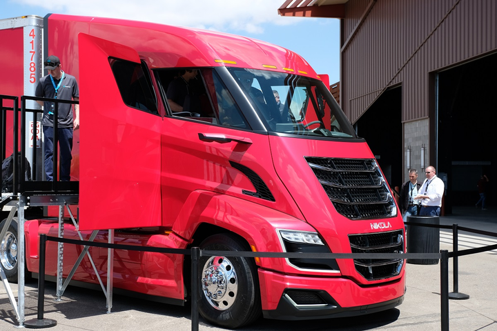 Nikola's hydrogen-fuel-cell-powered Class 8 truck, the Nikola Two, is flashy and efficient. Is that enough to overcome our unfamiliarity with fuel cells? -