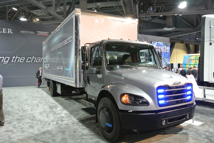 Both Penske and NFI have partnered with Daimler Trucks to test out electric heavy- and medium-duty trucks, like this Freightliner eM2, in real-world operations.
