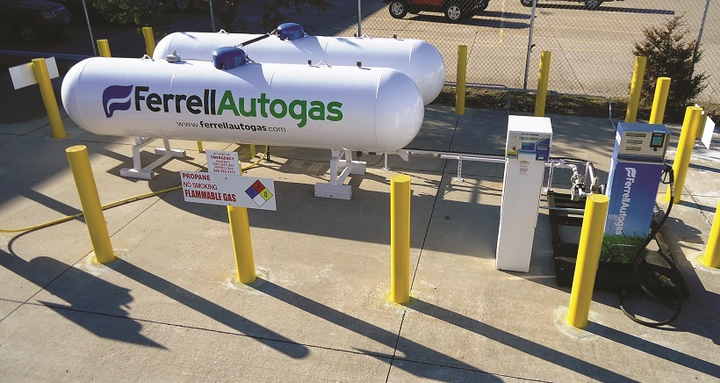 For on-site refueling, propane is transported to the site via a delivery truck and put into storage tanks, traditionally above ground. Propane is pumped into the vehicle under low pressure so it remains a liquid.