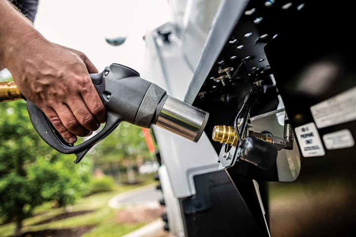 Fleet managers can choose from five different refueling options, each of which offer distinct advantages to help a company find a solution that best fits its business.