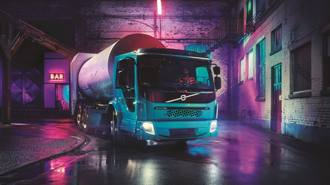 The first Volvo FE Electric, a refuse truck developed together with Europe's leading refuse...
