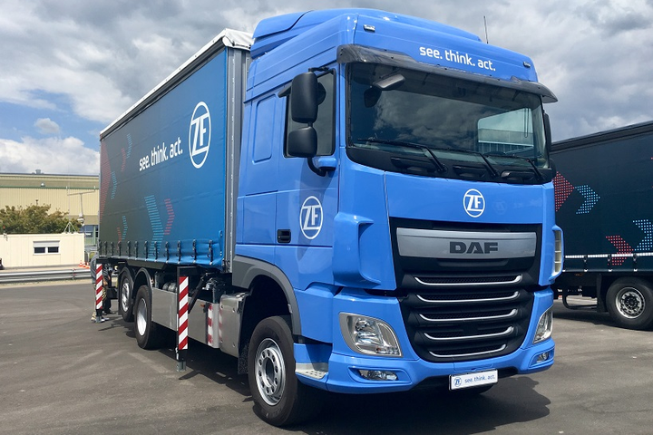 The ZF Innovation Truck was another concept vehicle with advanced technologies designed to show what direciton logistics could take at freight depots.