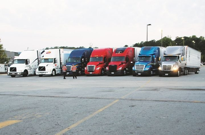 Trucks participating in the NACFE Run on Less Challenge were spec'd with production, commercially available equipment and technology of the fleets' choice. No experimental or pre-production technology or products were allowed on the vehicles during the duration of the challenge.