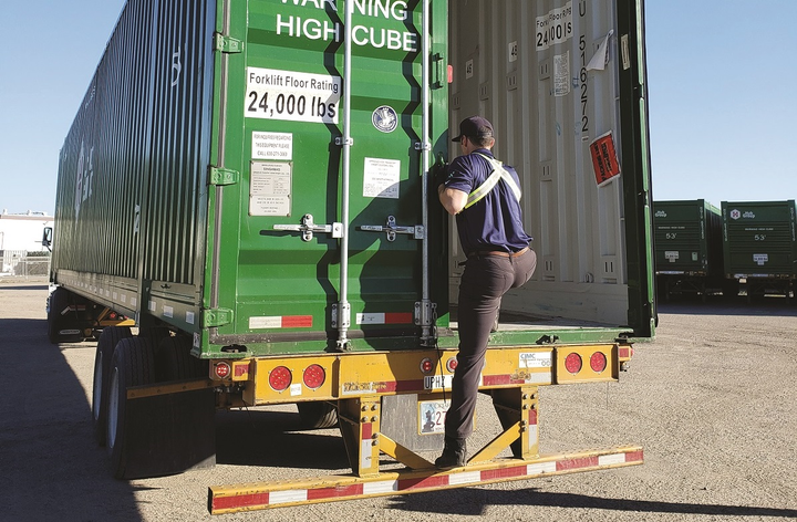 Drivers apply the core concepts they have learned to job-specific functions, like entering and exiting trailers, without injuring their bodies.