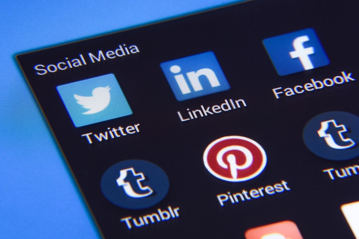 If handled properly, experts say, even bad social media posts can be a good thing for your fleet.  - Photo viaPhoto MixfromPixabay