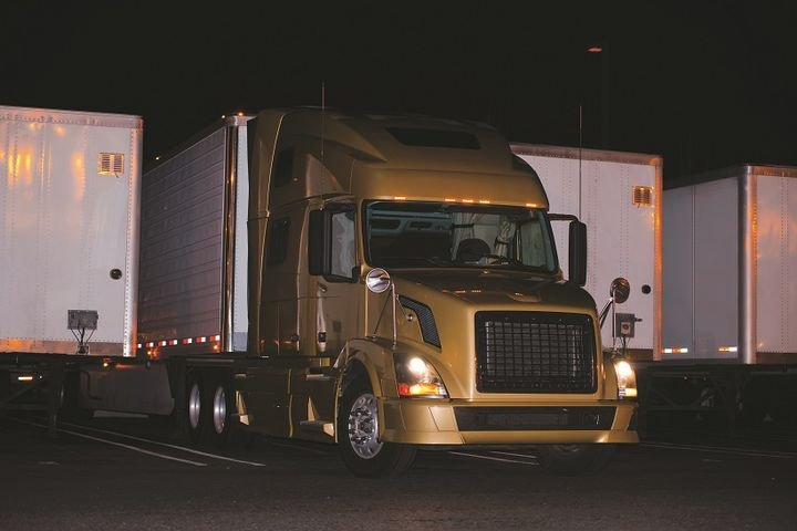 Once the Truck Parking Information System is fully implemented in 2019, it could be used by other state Departments of Transportation as a blueprint for new parking information systems. In the future they could be tied into other existing parking information systems, offering truckers comprehensive coverage across the U.S.  - Photo: iStockphoto.com/vitpho