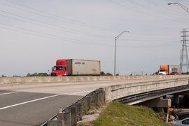 Weathering the Storm: How Truckers and Fleets Can Prepare for Hurricanes
