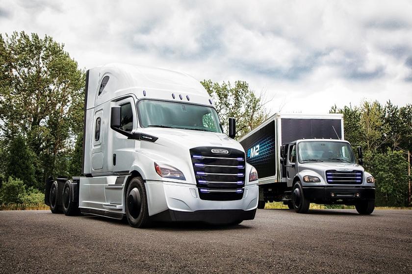 Daimler Trucks North America is fleet-testing a Freightliner eCascadia and a Freightliner eM2...