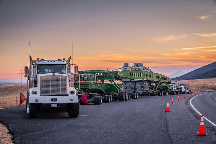 Omega Morgan took on the heaviest of heavy hauls with a combined weight of nearly 1 million pounds and requiring three trucks to move.
