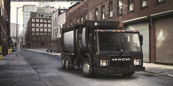 Mack has plans to deploy an electric LR model in New York City by 2019.