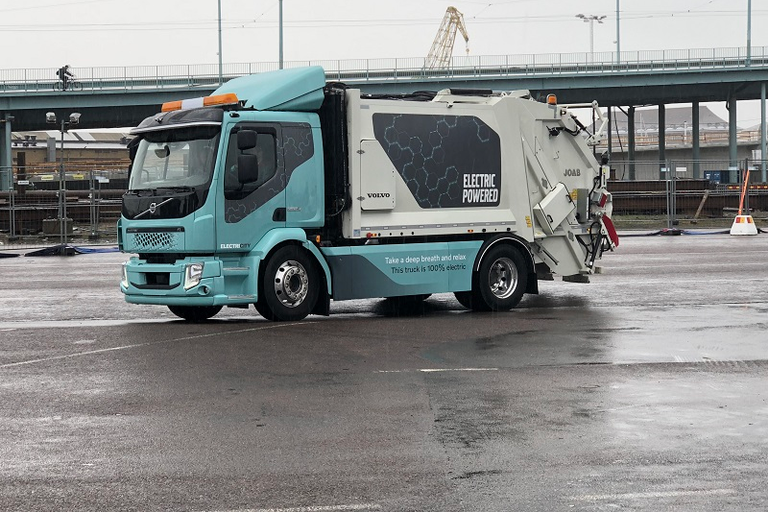 This Volvo FL Electric refuse truck is being evaluated in real-world operations by Volvo...