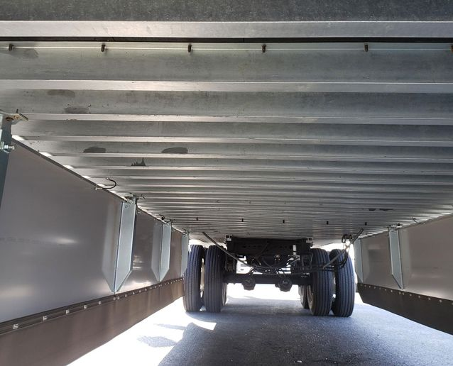 More crossmembers, closer together, offer greater strength for heavy loads. - Photo: Hub Group