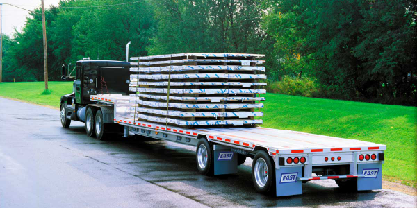 "Drop-deck with a spread tandem is far advanced from the ""split tandem"" flatbed from the 1950s..."