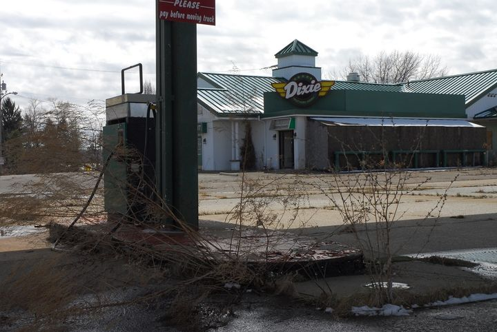 The former Green Shingle truckstop, located on I-90 near Erie, PA was demolished a few years ago. It sat idle and forlorn because no buyer could be found -- despite growing concerns about a pending parking shortage. 