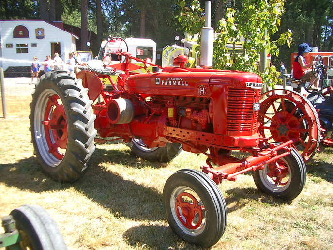 Time was when a big-ticket purchase like this 1941 International Farmall required a trip to the nearest train depot to pick it up.