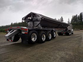 Long Trailers and 'Pups' Haul Payloads for Silver Streak