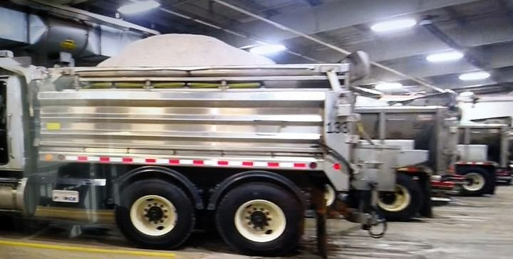 Ohio's Department of Transportation pioneered use of stainless steel dump bodies to carry salt, and is now standard with it for its snow removal trucks  -
