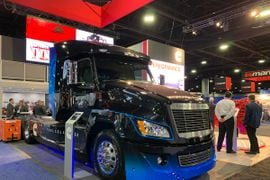 Cummins Showcases Hydrogen Fuel Cell Concept Truck