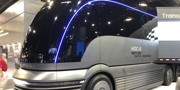 Hyundai offered a sneak-peek at a futuristic, hydrogen-powered Class 8 tractor at the North...