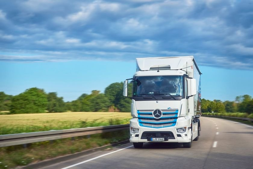 Daimler is launching an E-Mobility Ecosystem consutling business to help fleets find out if...