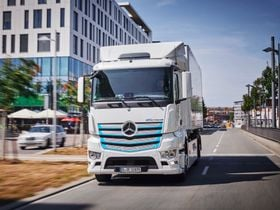 Mercedes-Benz Electric Truck Testing Returns Promising Results