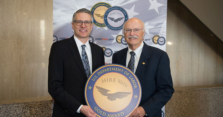 Truck dealer Bob Nuss was awarded the 2019 HIRE Vets Medallion Award, recognizing him for his commitment to the employment and professional development ofveterans. - Photo: American Truck Dealers