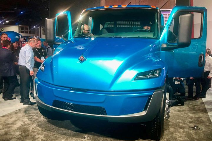 Navistar's electric truck drew a crowd at NACV.
