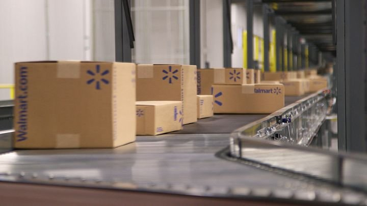 "Some supply-chain processes, such as truck-loading at warehouses, ""can be reimagined in their entirety"" on the road to developing the ""touchless supply chain.""