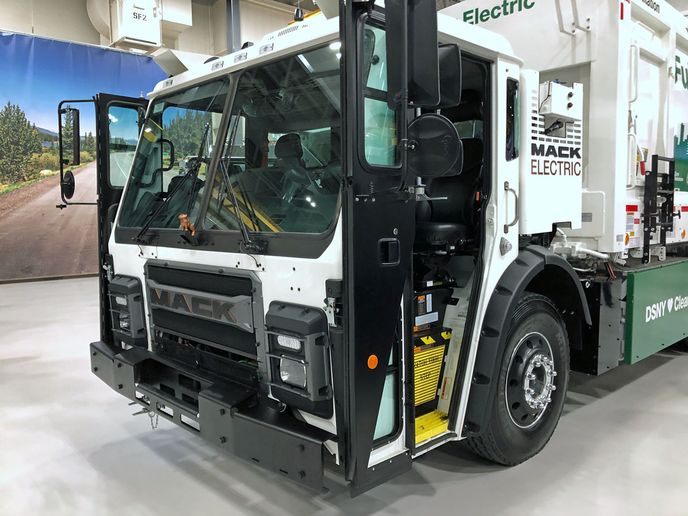 This electric Mack LR will be delivered to the New York City Department of Sanitation by the end of January.