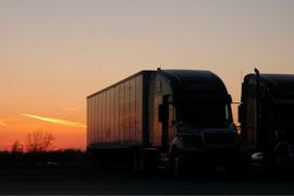 EPA Truck NOx Pre-Rule Faces Bumpy Ride