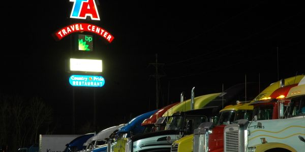 A new partnership between AscendTMS and TruckPark will provide driver fast, easy access to...