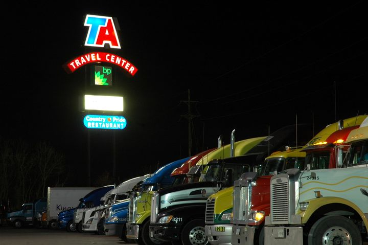 A new partnership between AscendTMS and TruckPark will provide driver fast, easy access to thousands of secure parking spaces, the companies say. - Photo: Jim Park