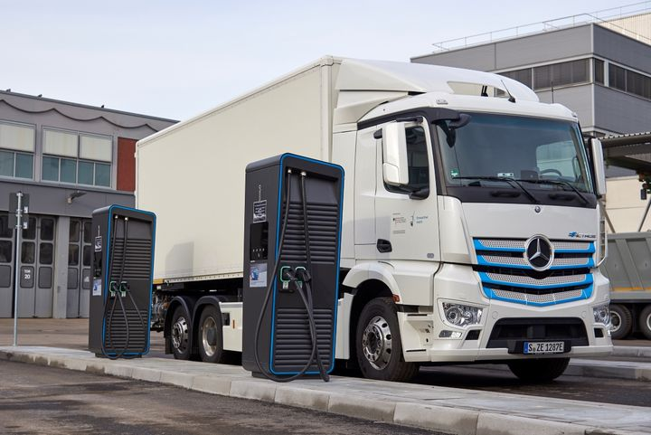 "New ""charging park"" for electric trucks at Daimler Trucks' headquarters in Stuttgart, Germany. - Photo: Daimler Trucks"