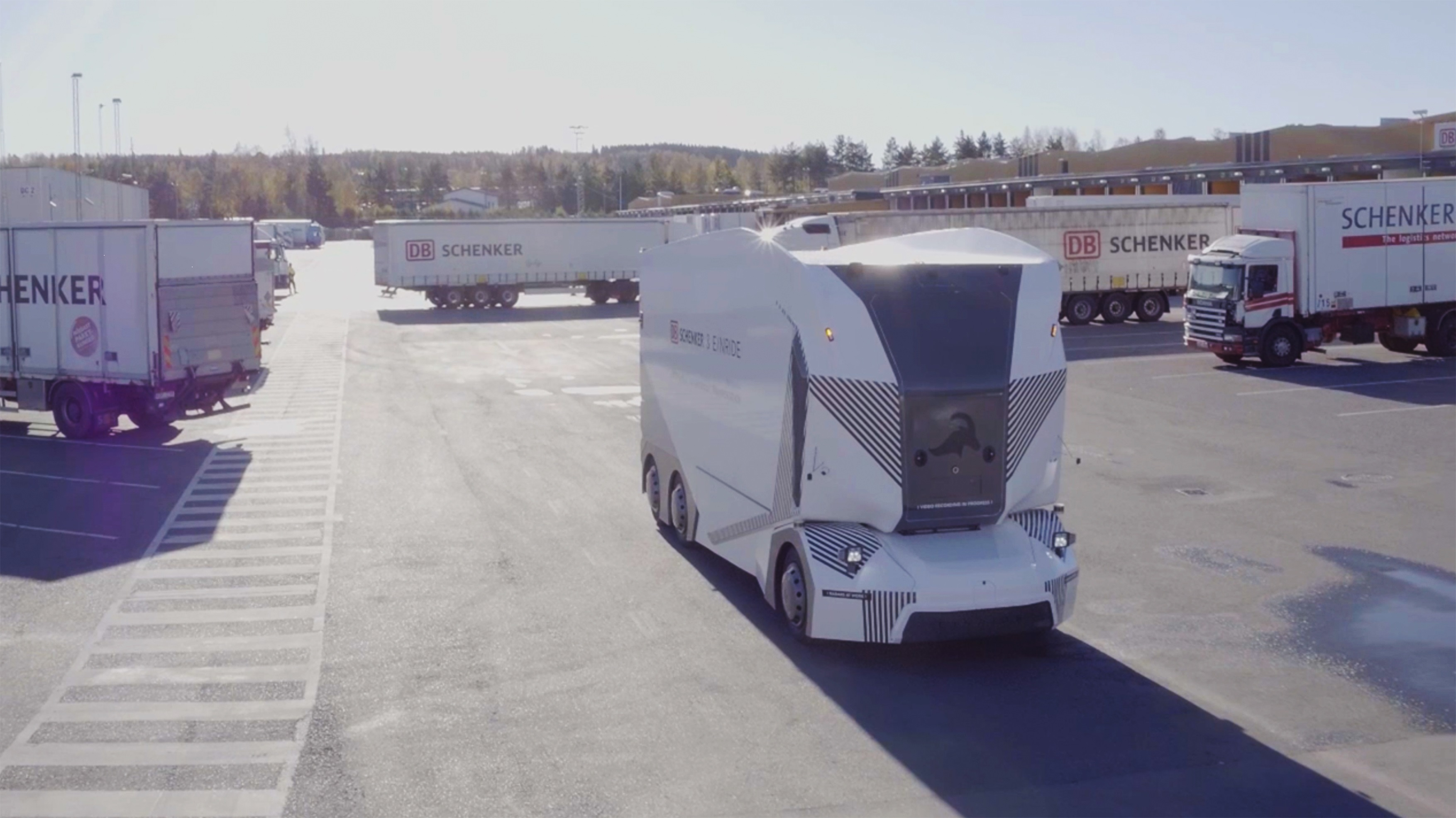 Einride is Hiring its First Autonomous Truck Operators