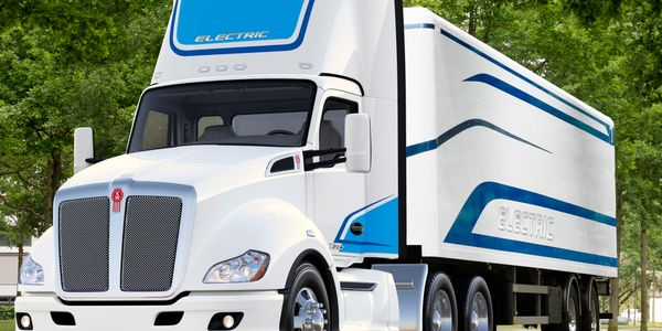 Kenworth's T680E Class 8 electric tractor is reported to be a short-hood day cab in tractor...