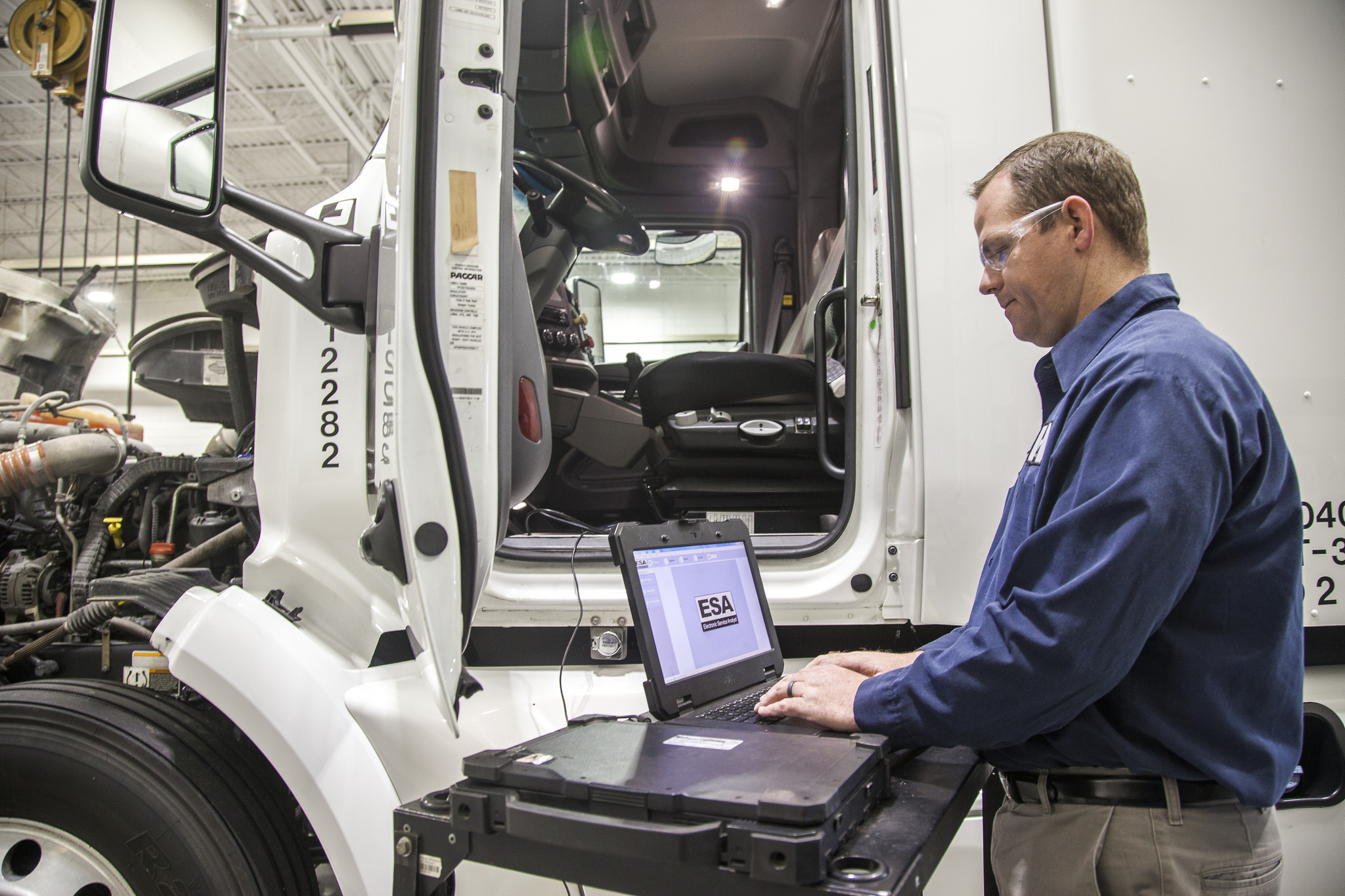 Connection is Key to Truck Service Event Management