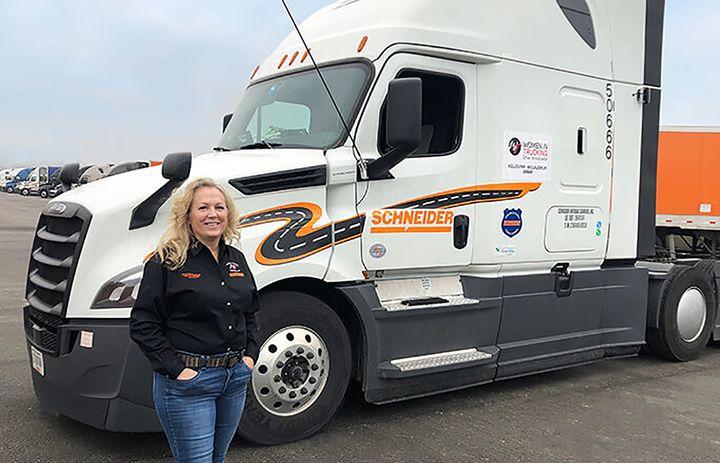 Schneider's Kellylynn McLaughlin has been named the first Driver Ambassador within Women In Trucking's diversity recruitment program. - Photo: Schneider