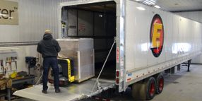New Liftgate Helps Drivers Manage Extra-Large Items
