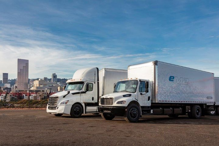 Freightliner is preparing to put eight new electric trucks in the hands of fleet customers to learn more about how they perform in the real world. - Photo: Freightliner