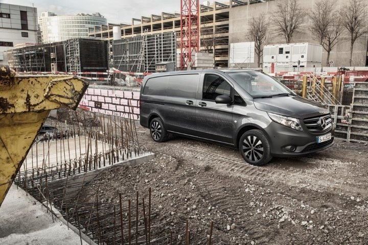 The 2020 Mercedes-Benz Metris van features an air suspension option developed specifically with the North American market in mind.  - Photo: Mercedes-Benz